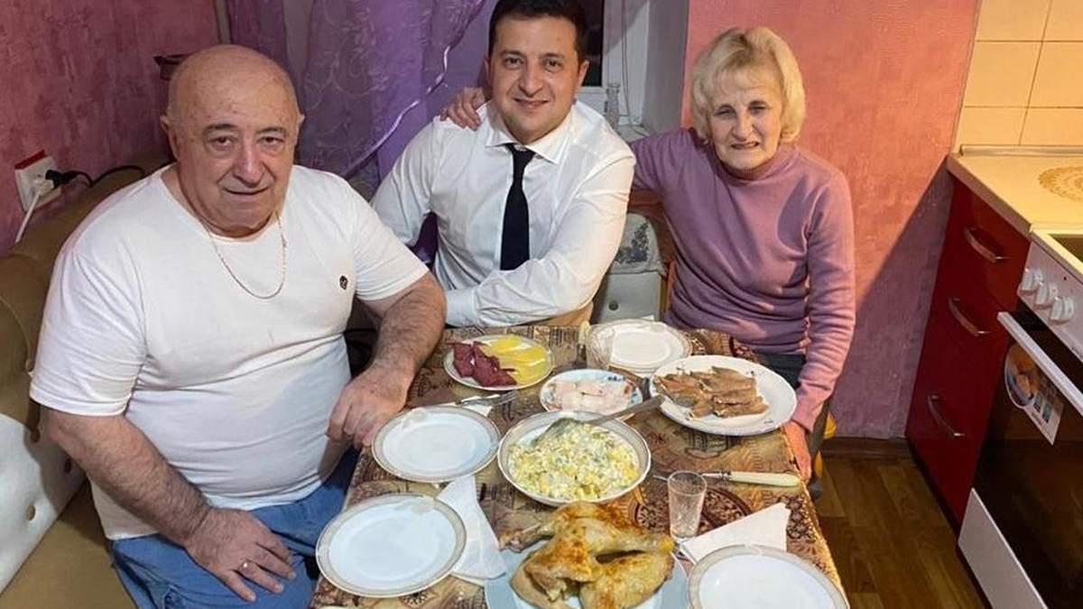 Александр Зеленский ответил критикам президента