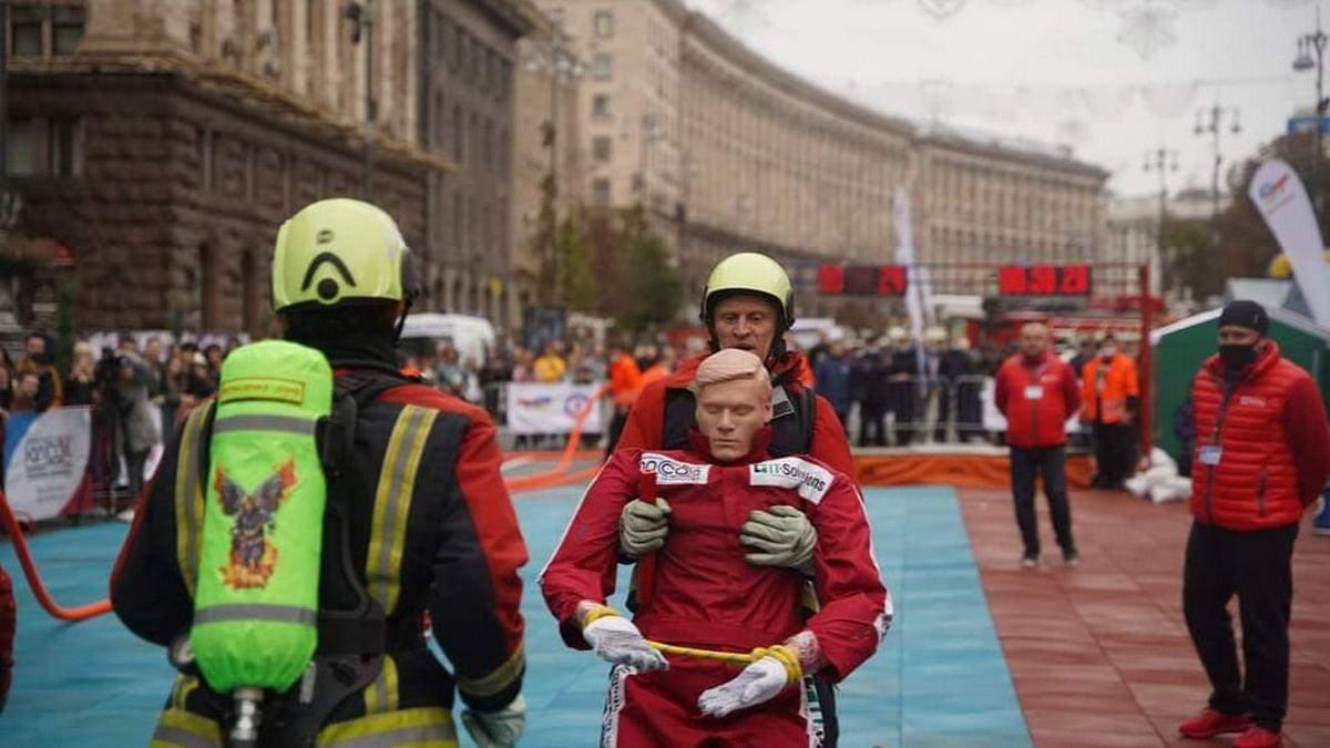 Через змагання пожежників: у Києві перекрили Хрещатик - Новини Київ - Київ