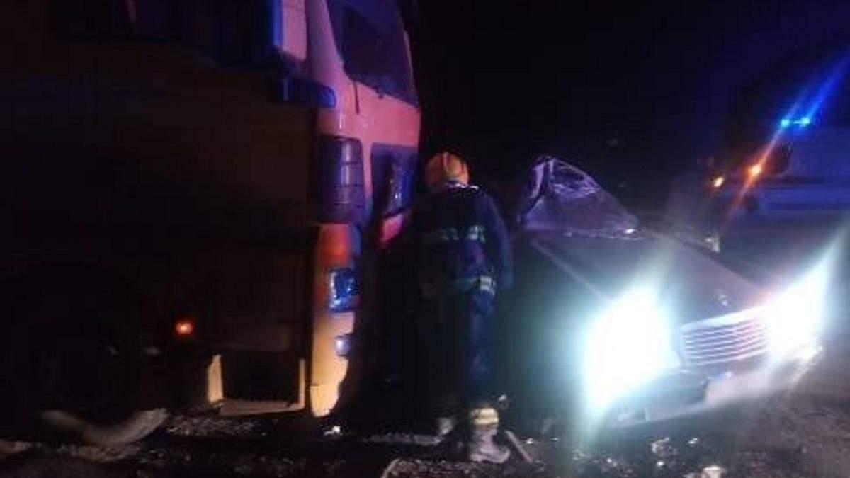 На Херсонщине в тройном ДТП погибли два человека: жуткие фото