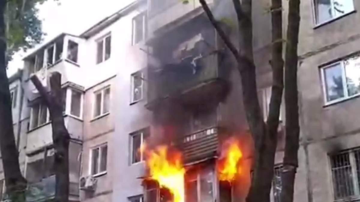 В Одесі спалахнула пожежа в квартирі житлового будинку: очевидці поділились відео - Новини Одеса - 24 Канал