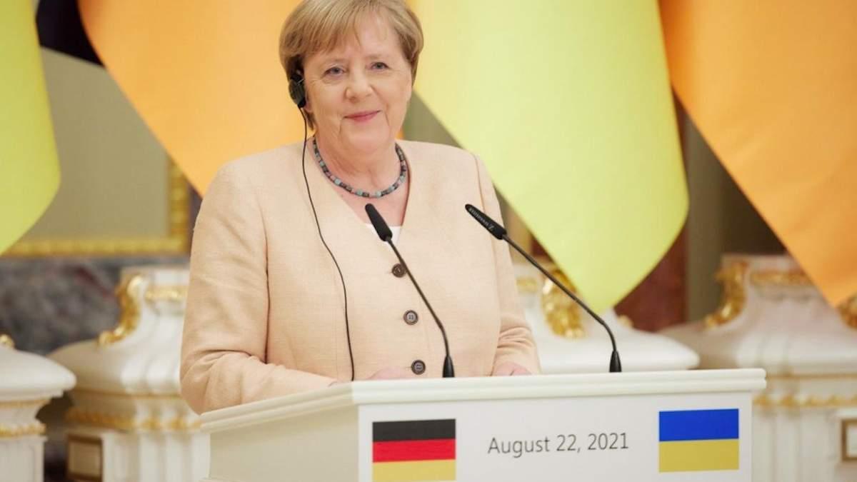 Какой запомнилась Меркель украинцам