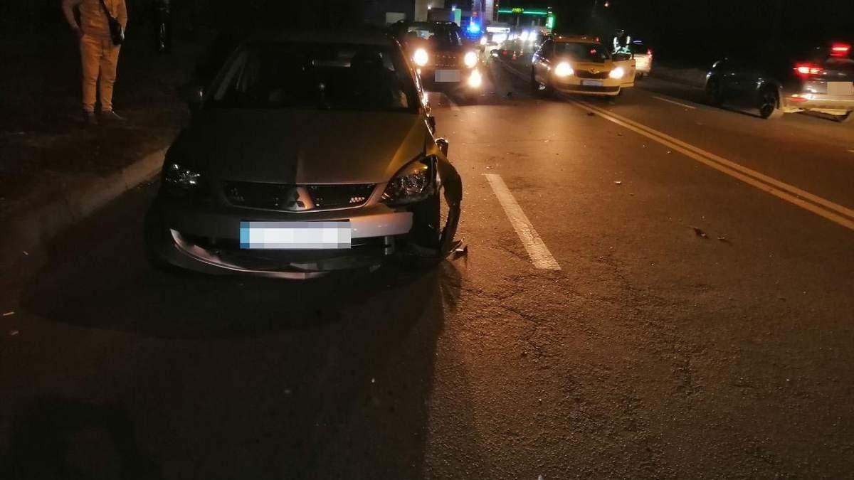 В Харькове произошла массовая авария: погиб мотоциклист – фото и видео с места трагедии