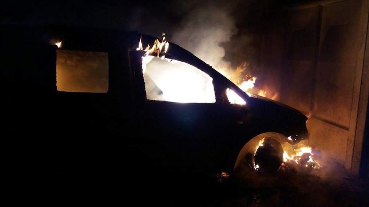 На Одещині в авто згорів начальник служби безпеки агрокомпанії - Новини Одеси - 24 Канал