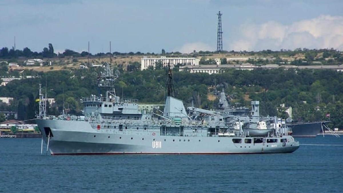 Пошкодження судна ВМС у Чорному морі: корабель буксирують до Одеси - Новини Одеса - 24 Канал