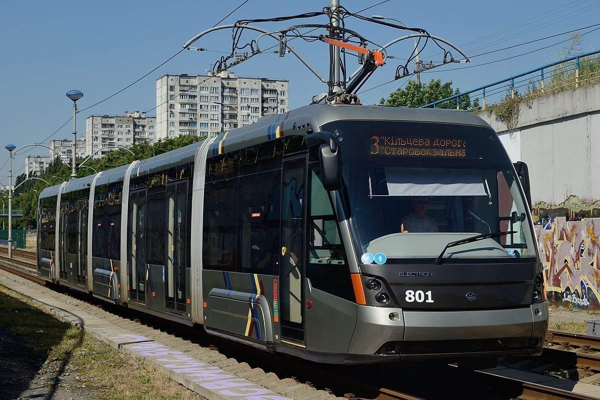 Трамвайный вагон Электрон T5B64 в Киеве