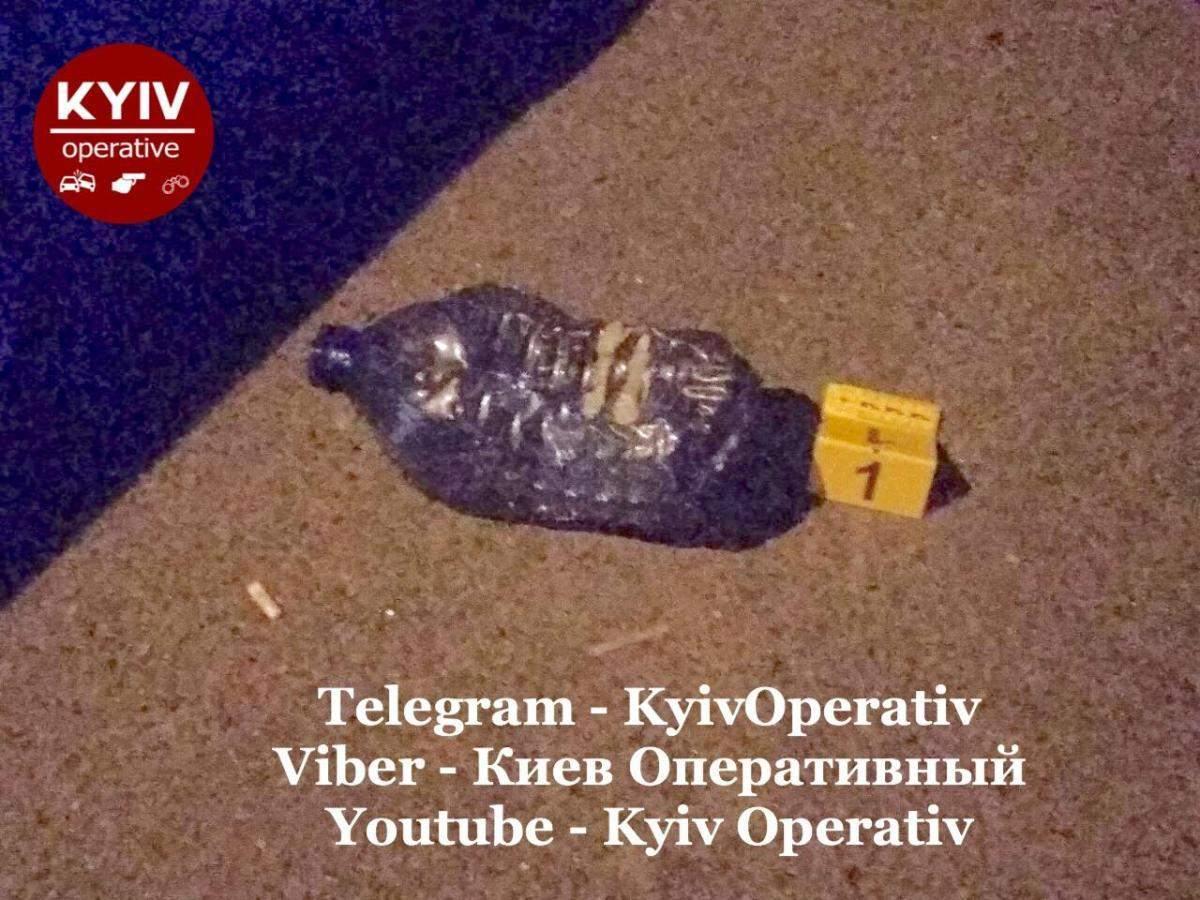 У Києві горіло відділення Ощадбанку