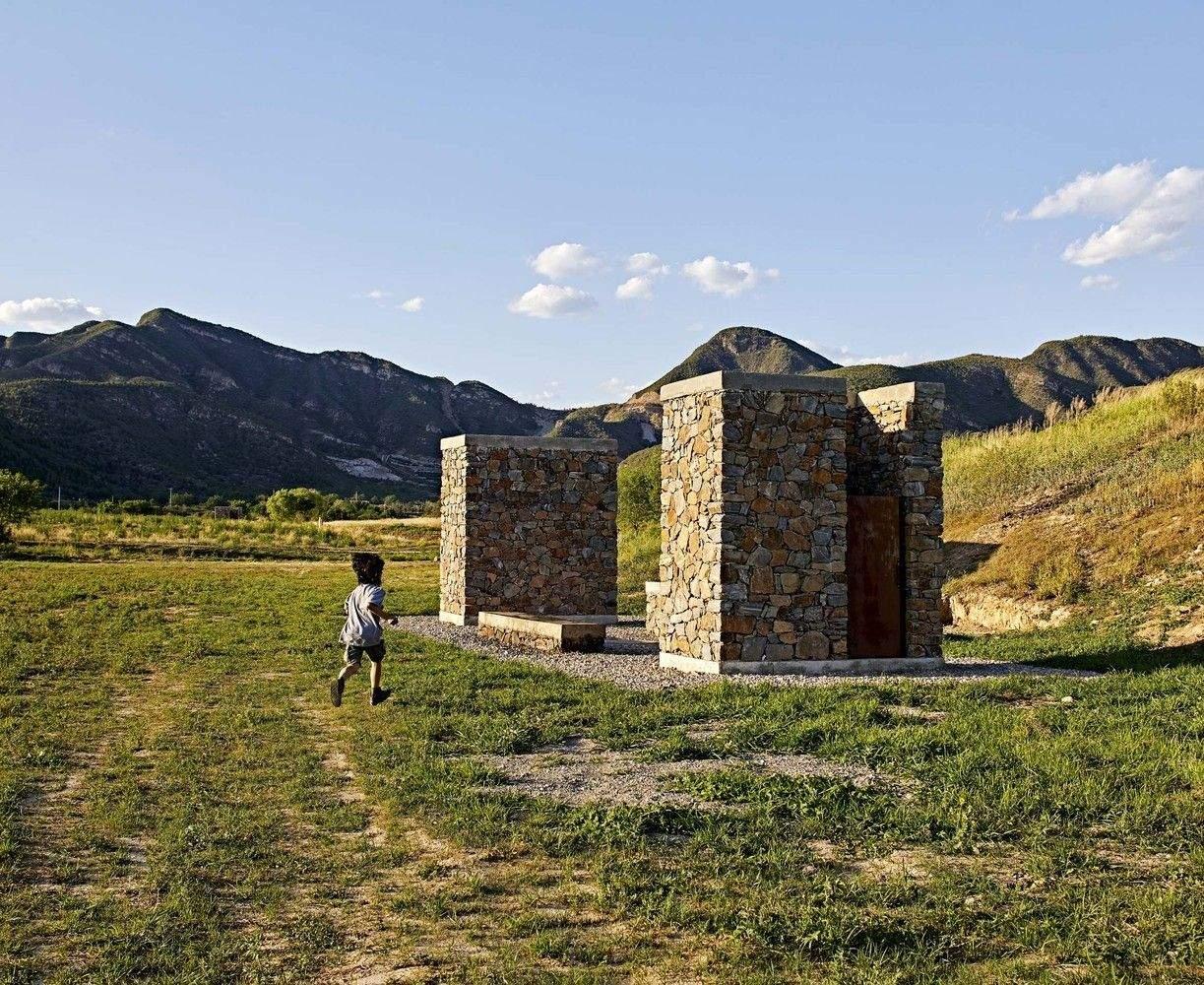 Гірський громадський туалет / Фото archdaily