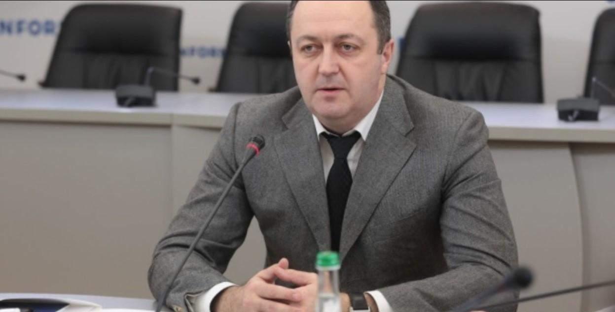 Овсієнко, судді