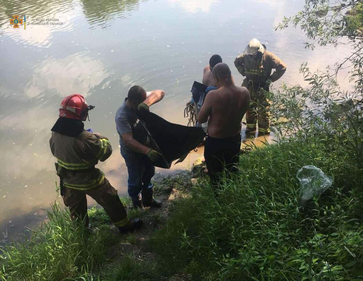 У річці на Львівщині потонув рибалка: фото