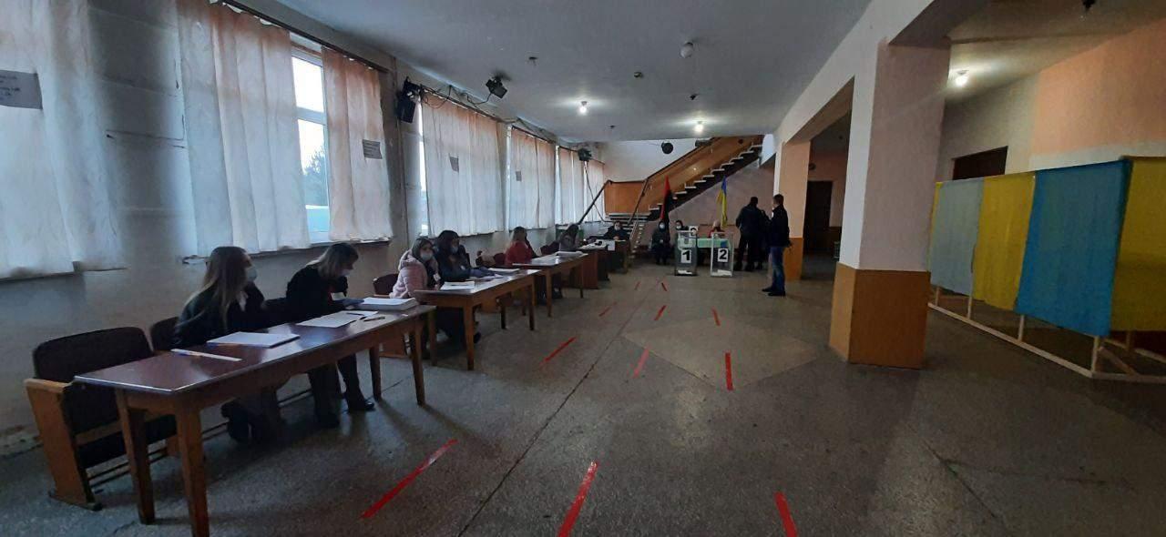 Вибори на Прикарпатті 28 березня