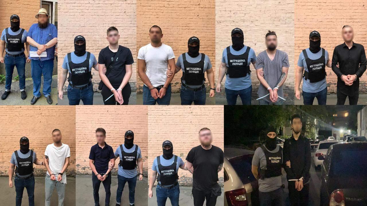 У Києві затримали банду, яка пограбувала 150 іноземців
