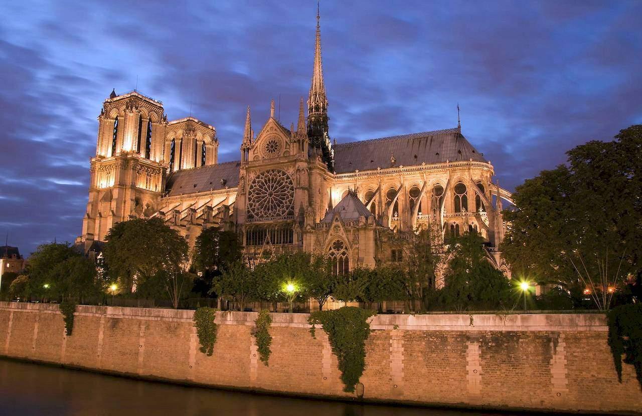 Нотр-Дам де Парі Собор Паризбкої Богоматері у Парижі