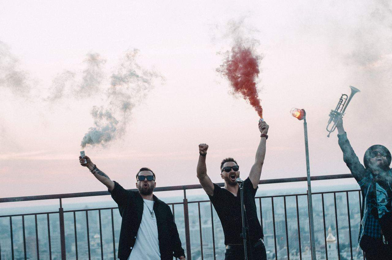 Українські виконавці записали пісню на підтримку білорусів