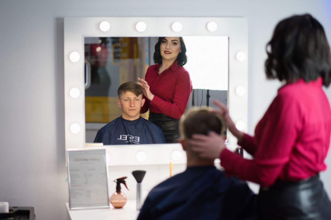 Работа парикмахером в Польше