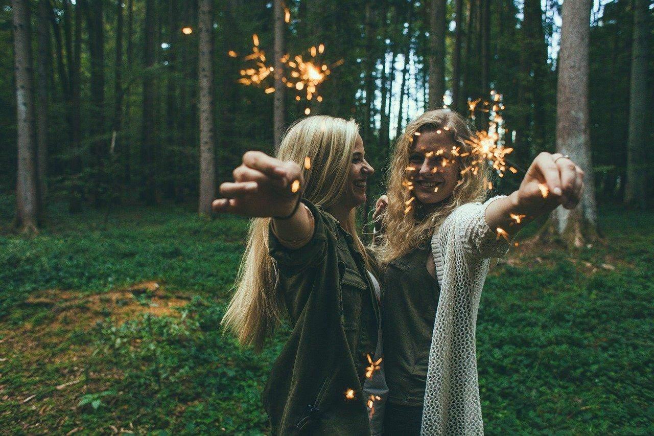 Найкрасивіші привітання для вашої подружки / Фото Pixabay