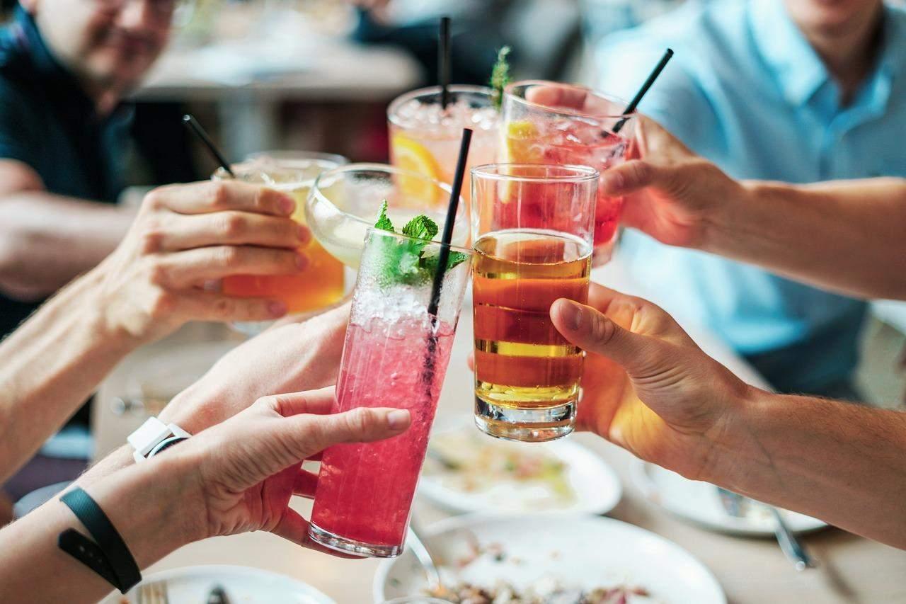 Кожен келих алкогольного напою треба вписувати у щоденник харчування