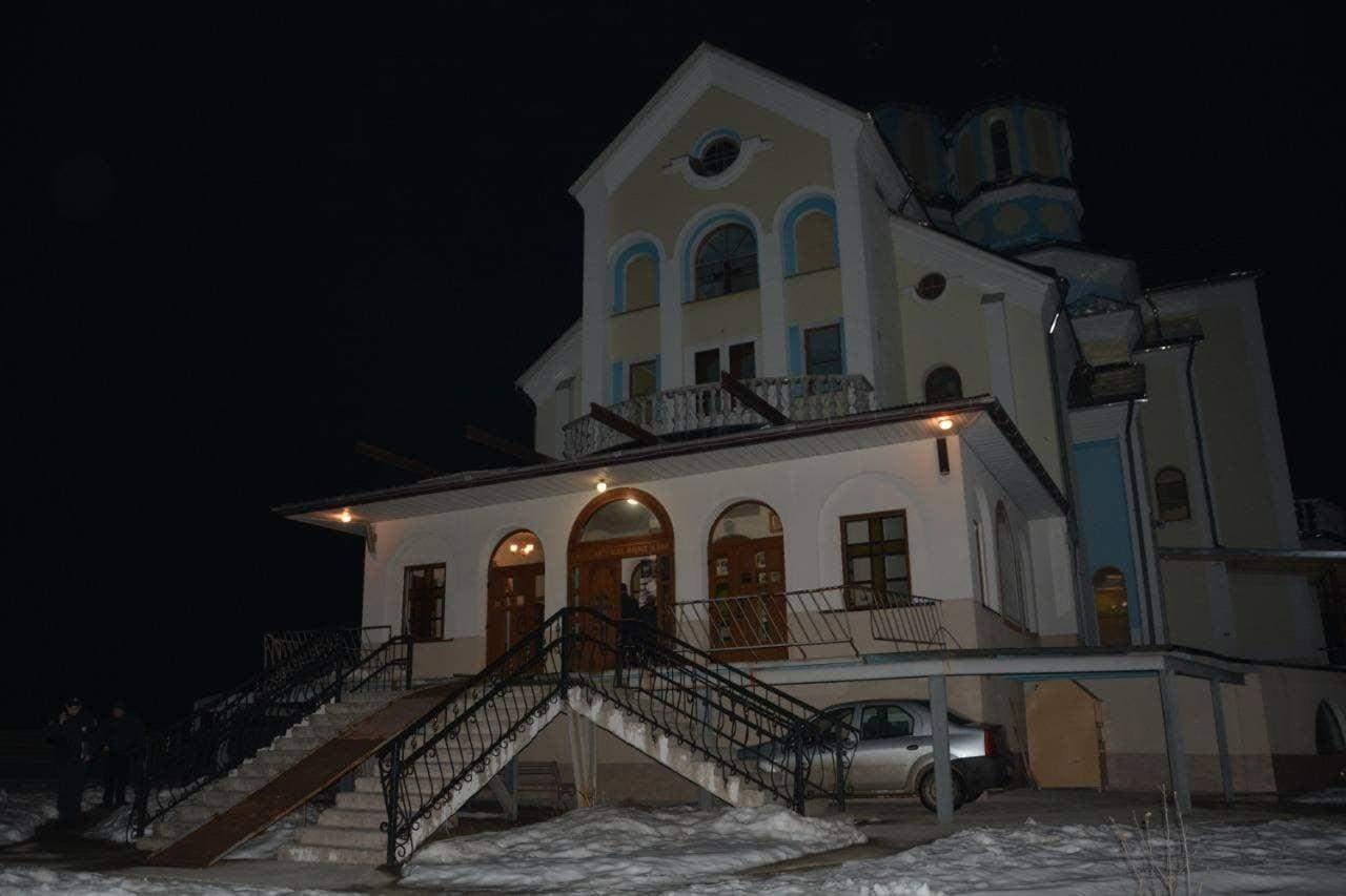 Грабував церкви та перехожих: у Дрогобичі затримали 15-річного злодія – фото