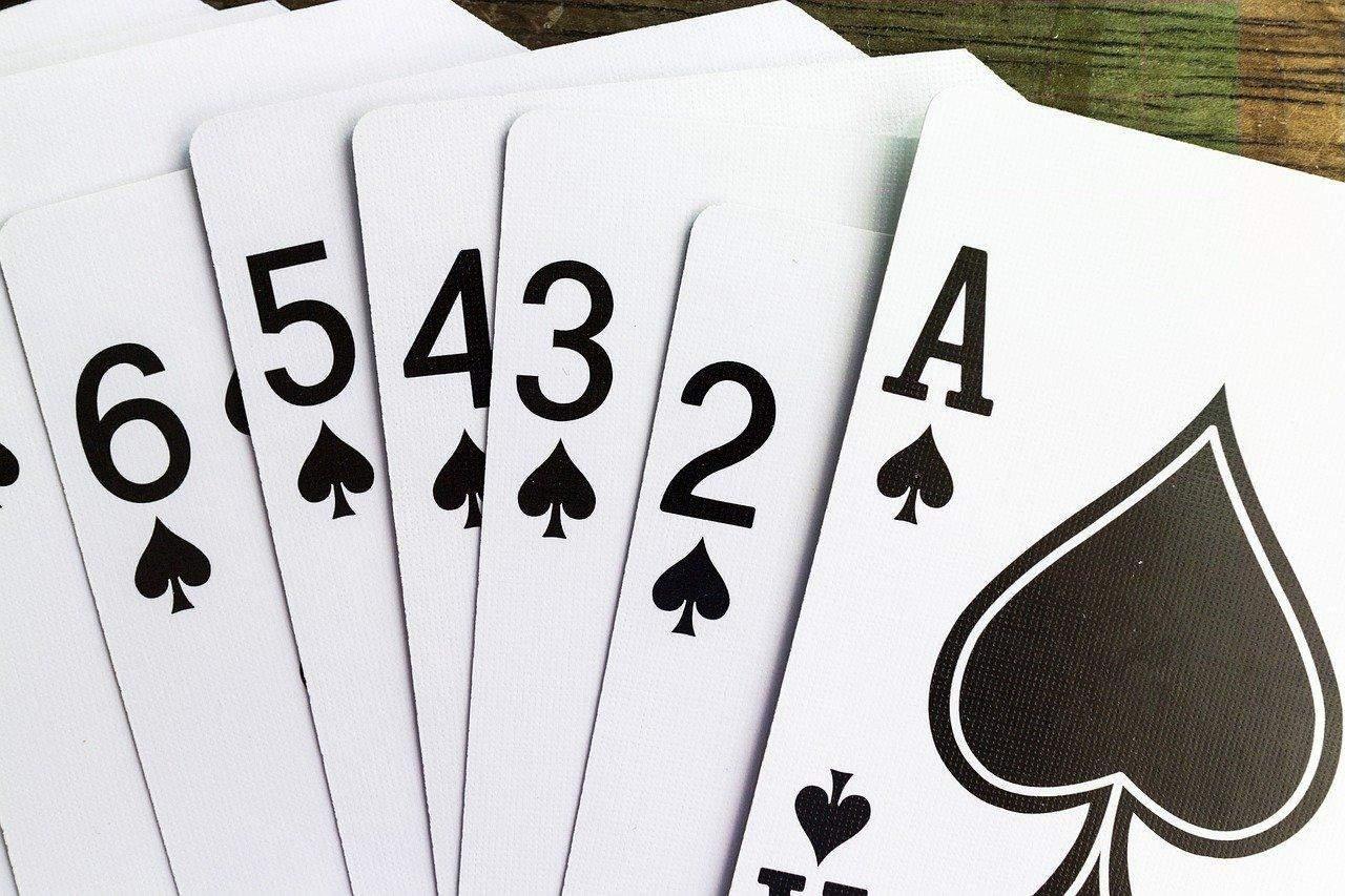 Прості карткові ігри в казино