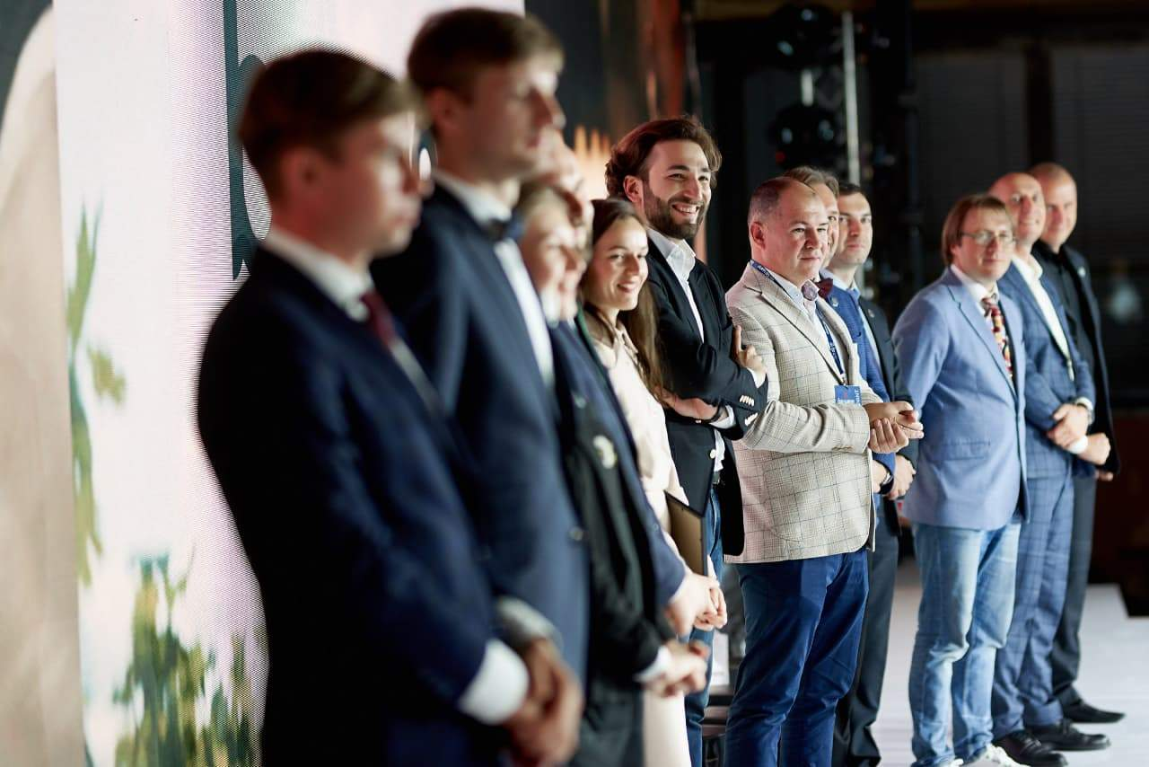 Фіналісти, партнери та журі конкурсу