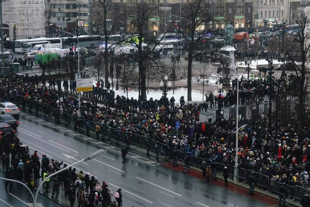 протести в москві