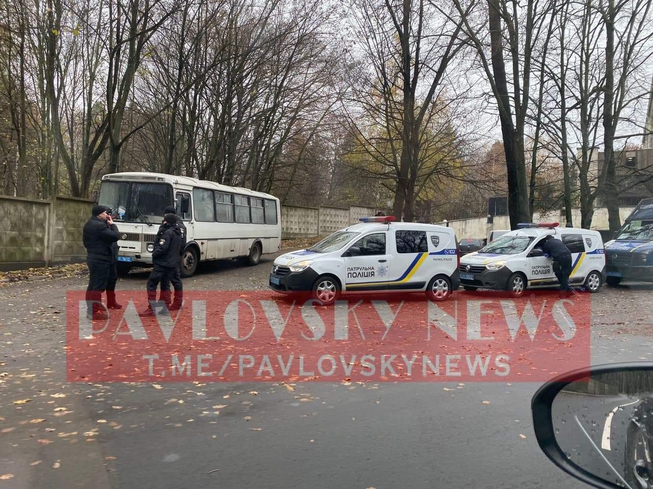 поліція біля феофанії