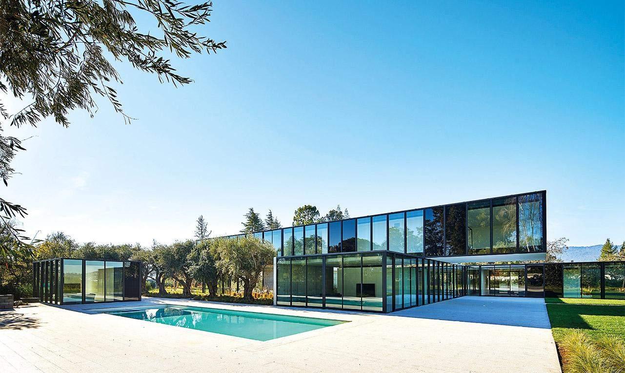 Величизний та просторий сучасний будинок / Фото HARMONIES