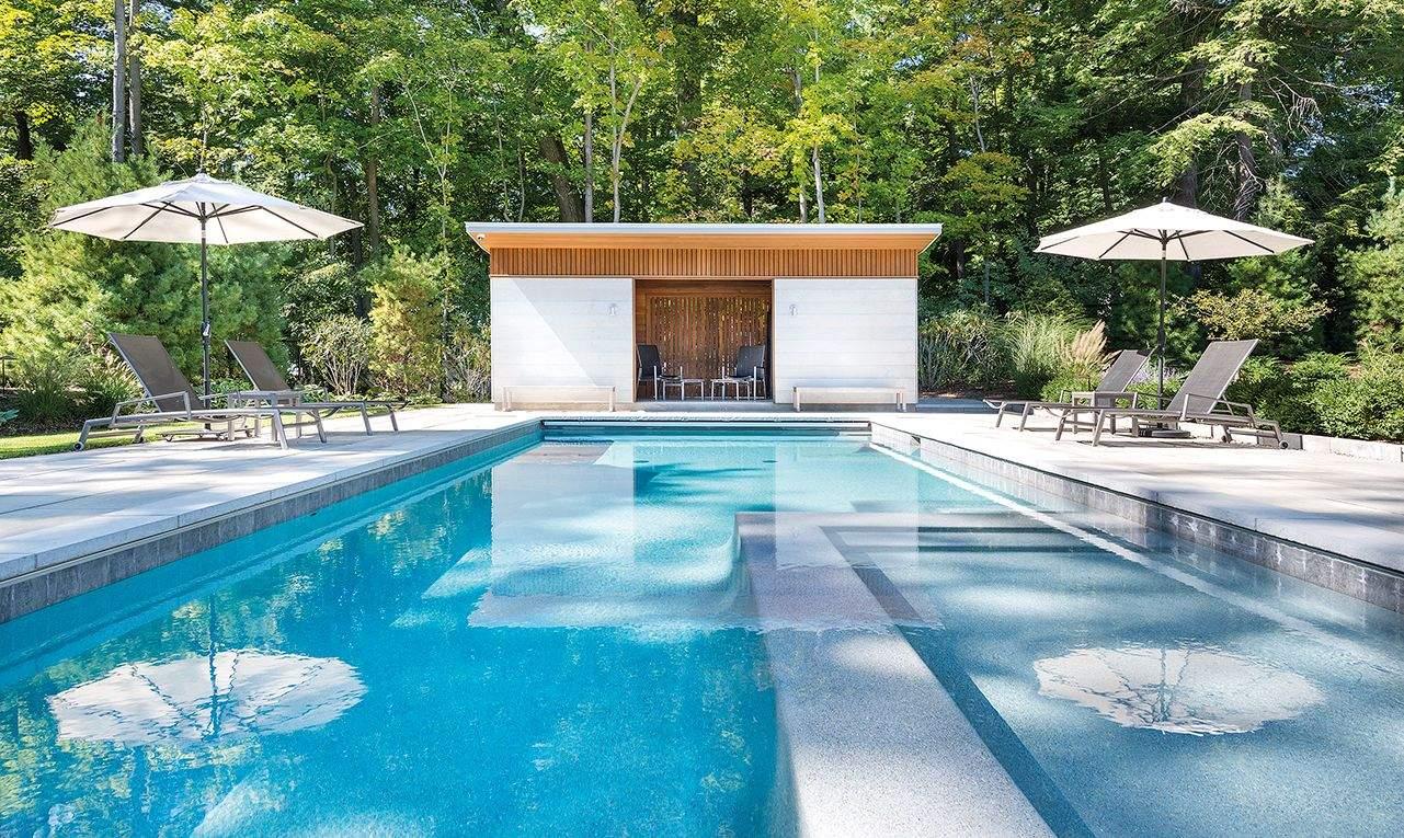 Привабливий басейн / Фото Harmonies Magazine