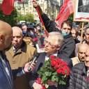Були без масок й прославляли Сталіна: у Києві Симоненко привів прихильників до Вічного вогню