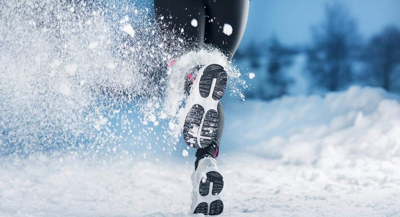Многие спортсмены не знают, можно ли бегать зимой
