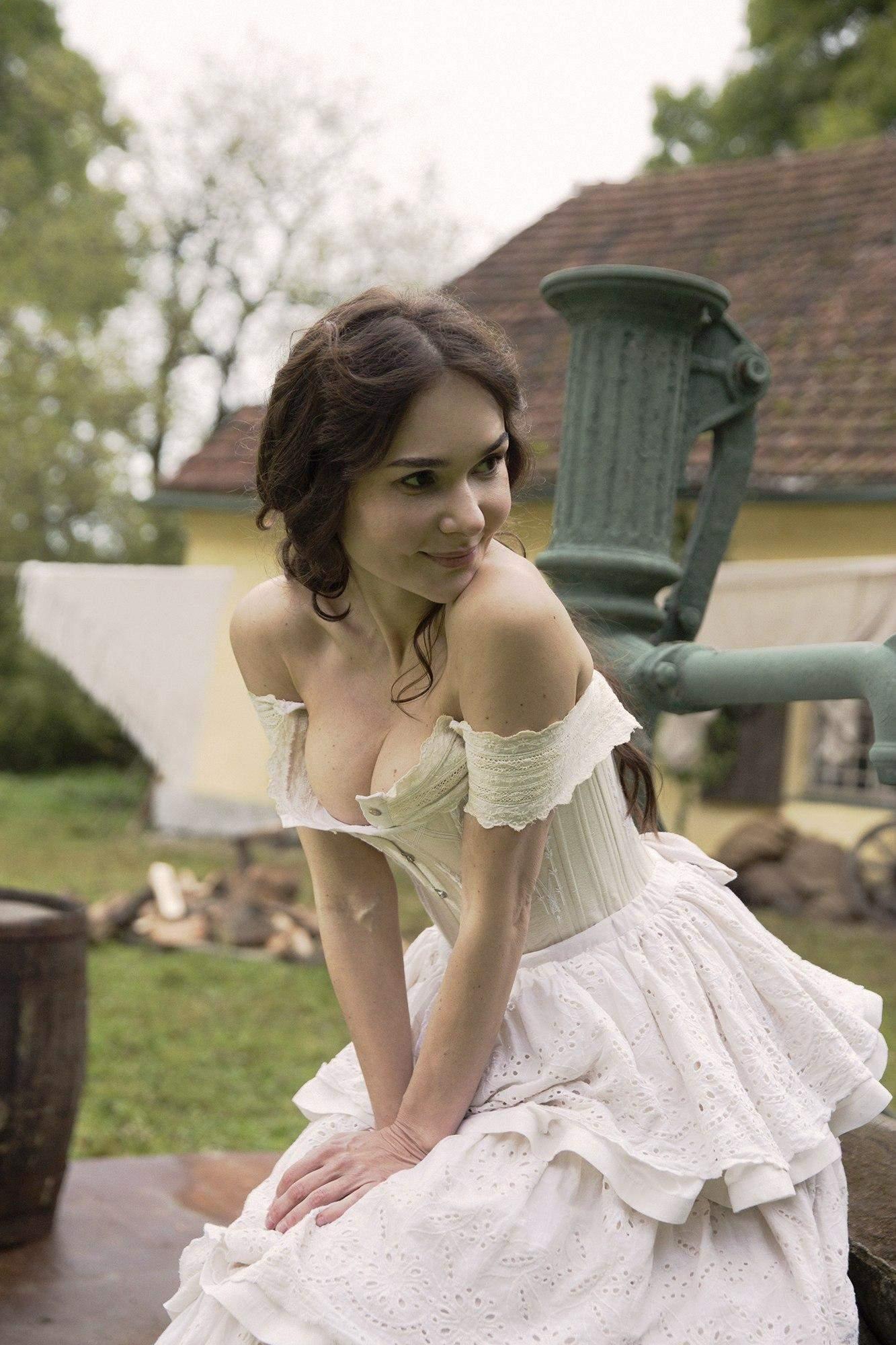 Олена Лавренюк у серіалі