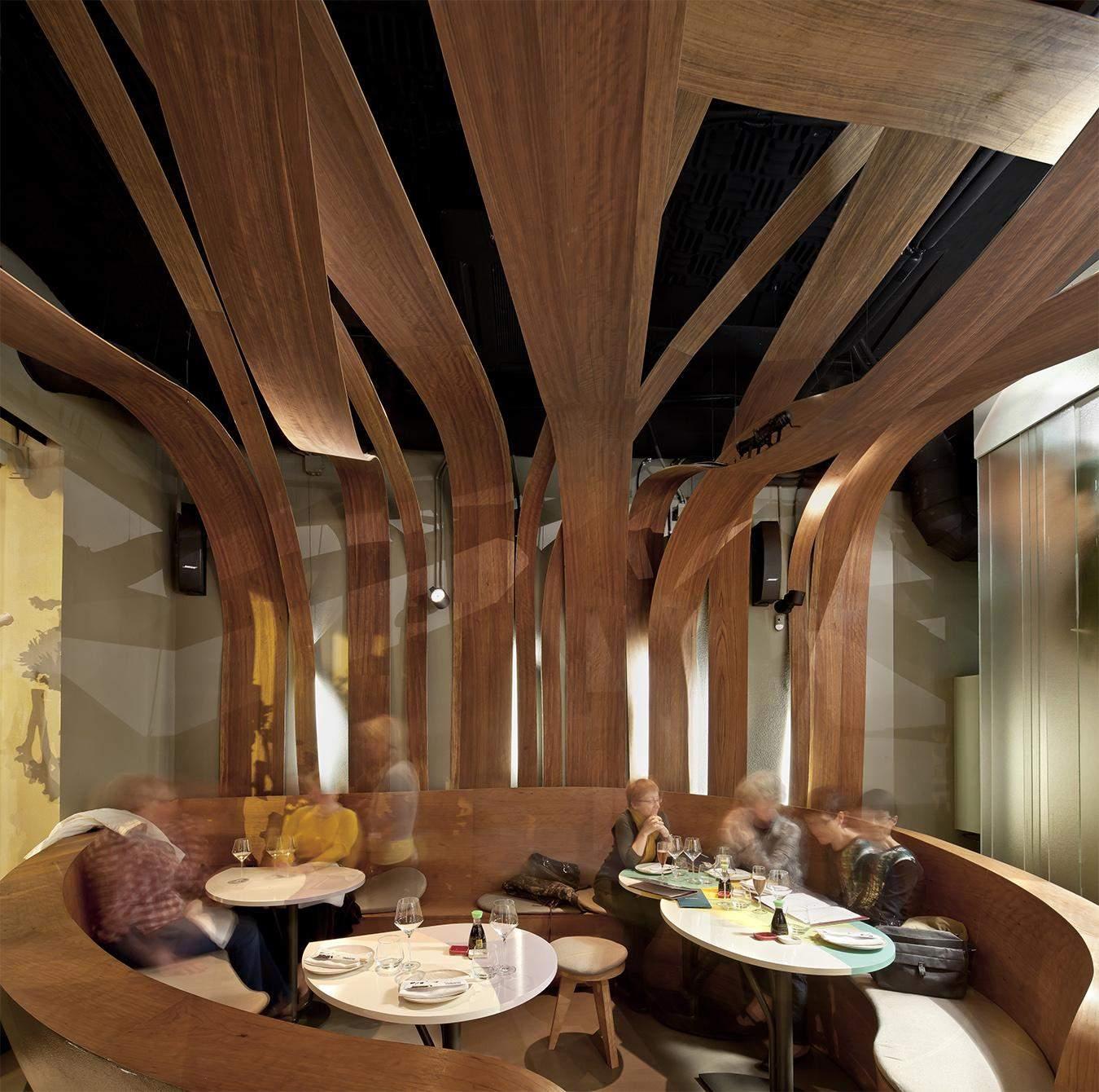 Массивный деревянный декор