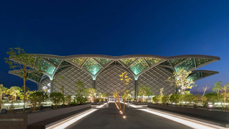 Вокзал, де хочеться ночувати: як виглядають сучасні залізничні станції в Саудівській Аравії (фото)
