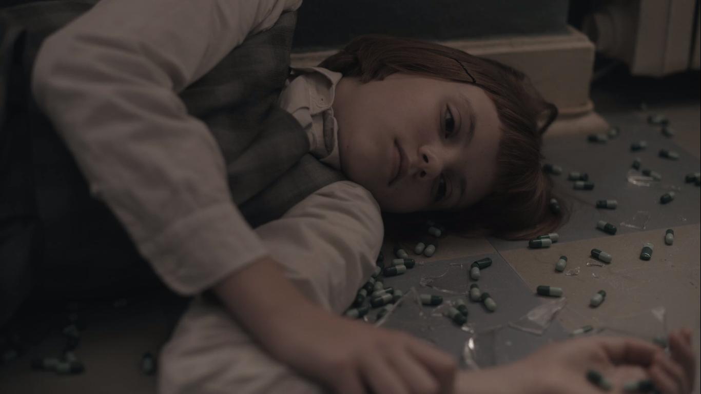 Маленька Бет Гармон у серіалі
