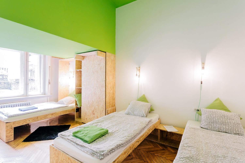Дизайн минималистичного и стильного интерьера комнаты