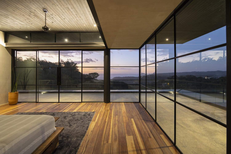Панорамні вікна додали особливого шарму / Фото Archdaily
