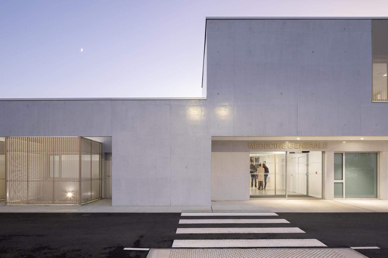 Мінімалістичний стиль будівлі / Фото Archdaily