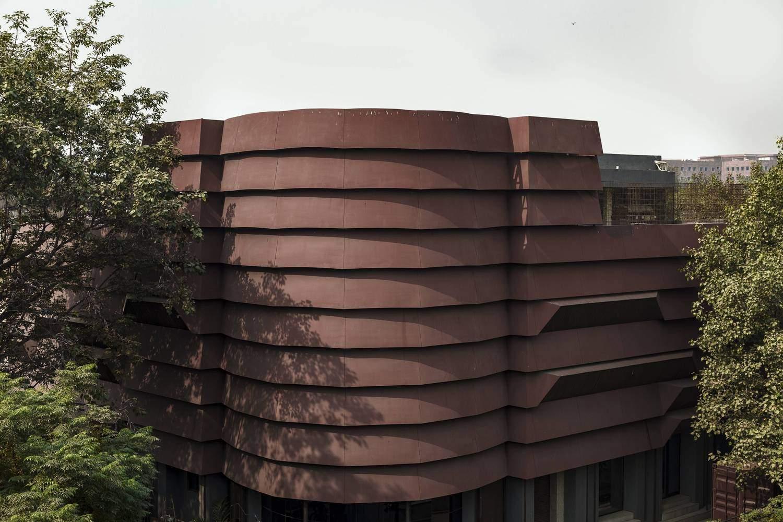 Унікальний фасад споруди / Фото Archdaily