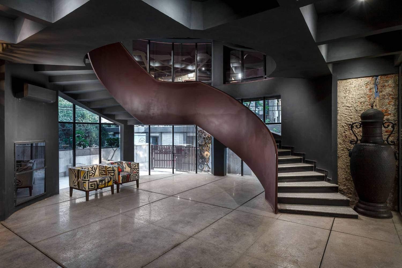 Чудової форми сходи  / Фото Archdaily