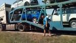"""Автовозы с """"Нивами"""" едут в Украину: """"Надо, чтобы хохлы покупали москальское!"""""""
