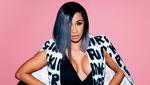 Певица Cardi B оголила беременный живот для обложки глянца