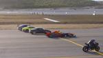 Кто быстрее: гоночная Tesla, болид Формулы 1, суперкар, супербайк или реактивный самолет? Ответ в видео