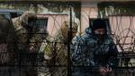Россия должна обследовать двух раненых украинских моряков