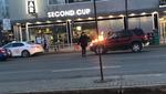 Канадец поджег дюжину машин посреди улицы, его остановили очевидцы (видео)