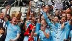 """Оголений чоловік увірвався у роздягальню """"Манчестер Сіті"""", щоб відсвяткувати перемогу: відео"""