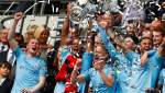 """Обнаженный мужчина ворвался в раздевалку """"Манчестер Сити"""", чтобы отпраздновать победу: видео"""