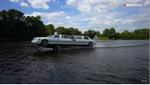 Лимузин на воде – на что он способен? Видео