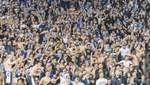 """Фанати """"Динамо"""" вивісили образливий банер проти братів Суркісів: фото (18+)"""