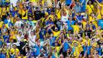 12-й гравець: як фани допомагають Україні перемагати Північну Македонію – потужні фото з трибун