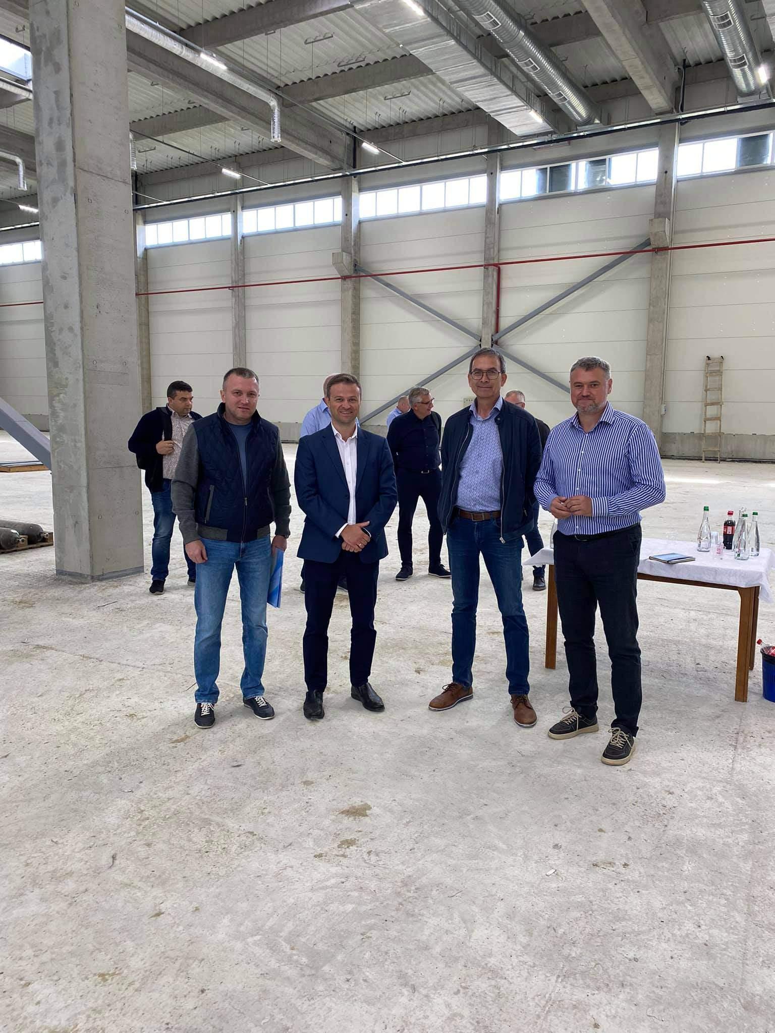 Данська компанія інвестує у виробництво біотуалетів і сміттєвих контейнерів на Львівщині