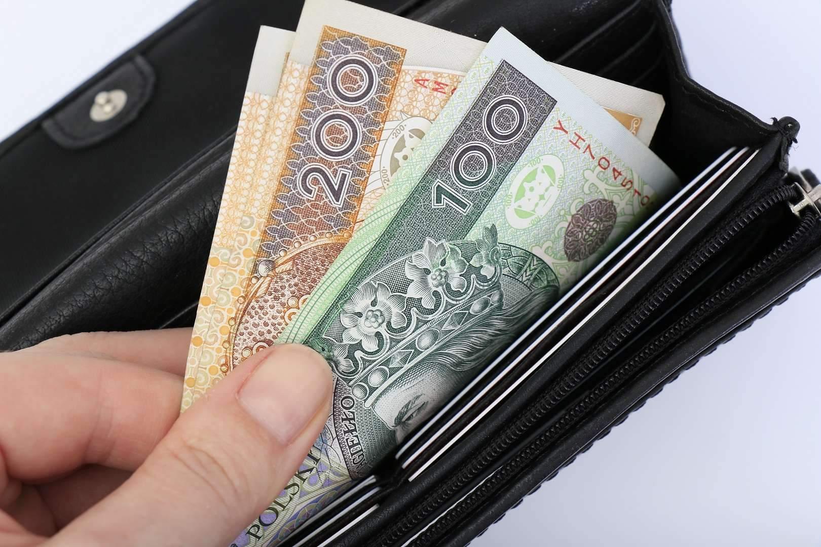 Соціальна допомога у Польщі